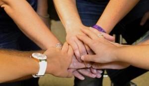Auf Teamwork kommt es beim Tough Mudder an. Meiner Meinung nach würde sich ein solche Lauf deshalb auch sehr gut als Teambuilding Maßnahme eignen.