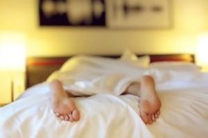 Am besten morgens im Bett den Ruhepuls messen
