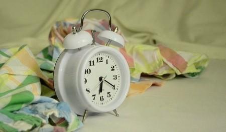 gesund schlafen und besser aufwachen mit dem richtigen wecker