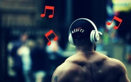 Musik zum Trainieren – Warum Du nicht darauf verzichten solltest und welche Musik die richtige ist