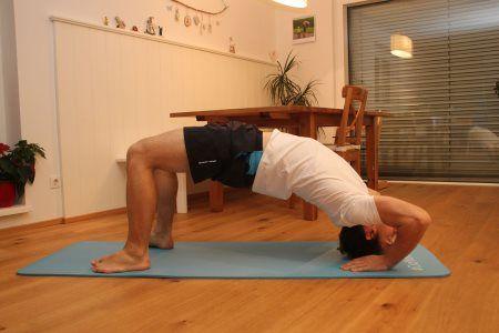 Grundübungen im Bodyweight Training - Brücke