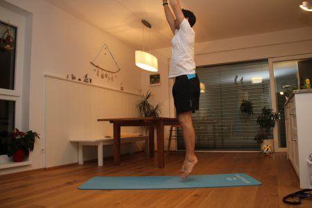 Grundübungen im Bodyweight Training - Strecksprung