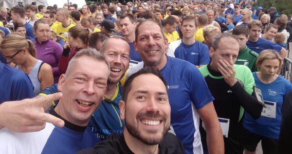 Die Lauftreff-Crew am Start vom KKH-Lauf in Hannover