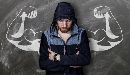 Erst Muskeln aufbauen - dann Muskeln definieren