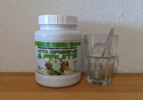 Vita Greens & Fruits von Scitec Nutrition im Vergleich