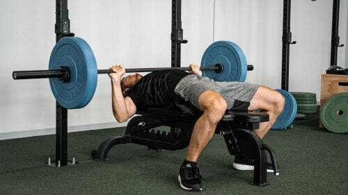 Bankdrücken - effizientes Zusammenspiel verschiedender Drück-Muskeln